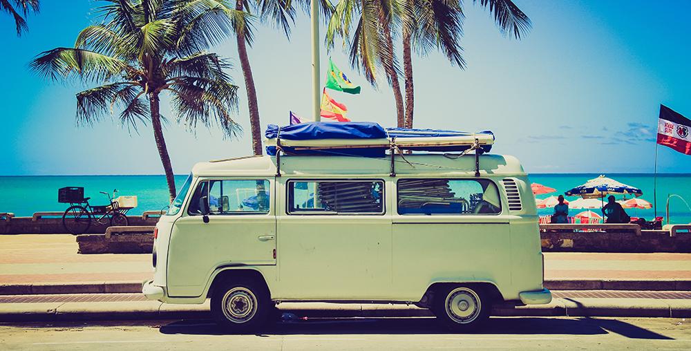 beach-bus-holiday